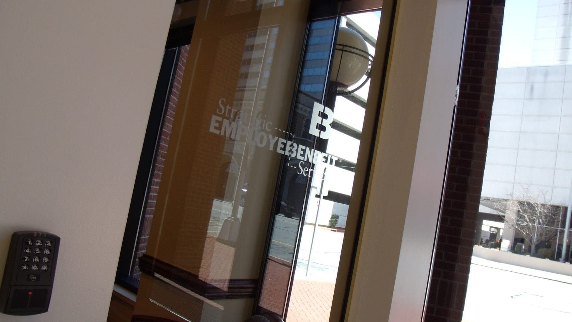 Interior vinyl graphic design for lobbies & conference rooms by Holt Environments